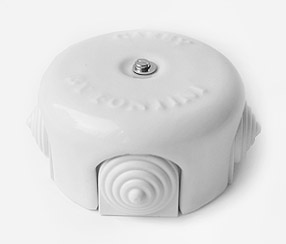 Porcelain junction box