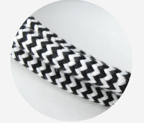Kangasjohto musta-valkoinen siksak 3x2,5mm2, musta