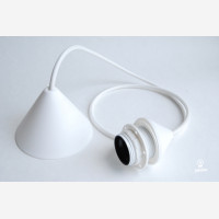 Cord set with bakelite lampholder and palstic ceiling  cup, white
