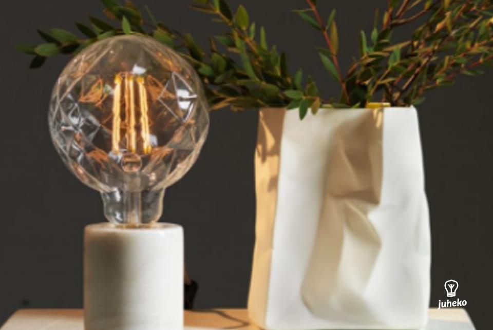 Clear LED globe,  125 mm 130lm