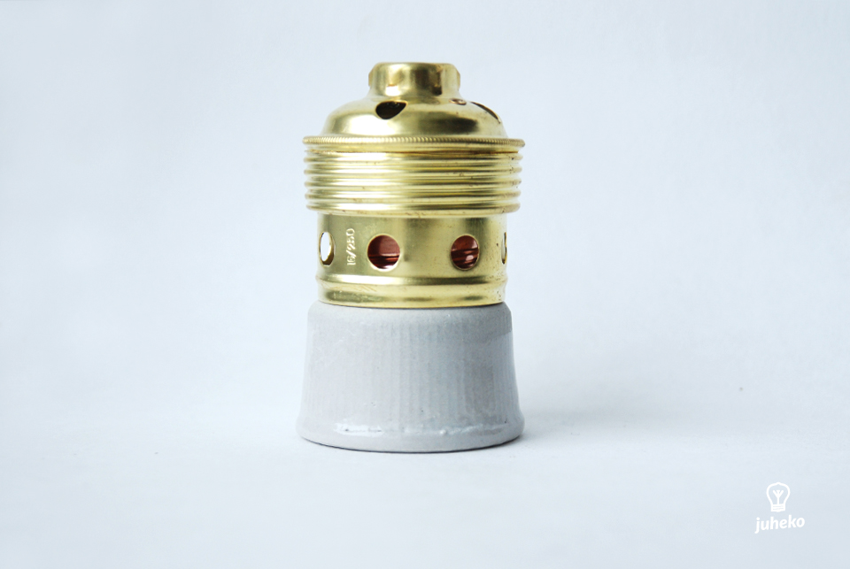 Metal/ceramic old style lampholder E40