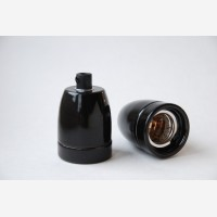 Porcelain bulb holder, black